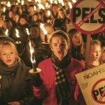 8000 oppmøtte i NOAHs Fakkeltog mot pels 2015!