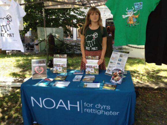 """NOAHs stand på klimamarkeringen """"Hev Stemmen!"""", den 24. august."""
