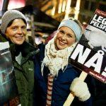 Tenn fakler for pelsdyrene i hele Norge!