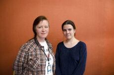 Forslagsstiller Marit Halse, Rødt, og leder i NOAH, Siri Martinsen.